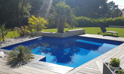 Plus belle réalisation piscine tendance rectiligne pour Aquilus Angoulême (16)