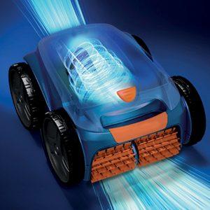 le nouveau robot nettoyeur de piscine Aquilus Roboss 4X